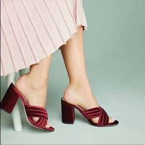 Raye for Anthropologie Velvet Mules NWOT 5.5